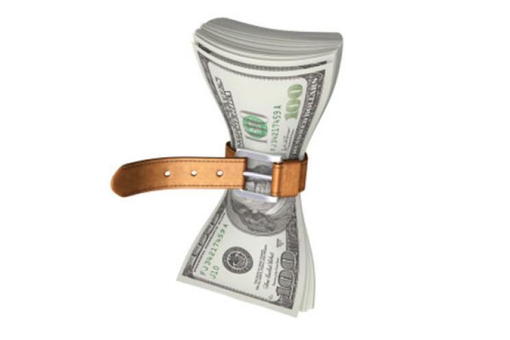 تقليل التكاليف والحد من الانفاق